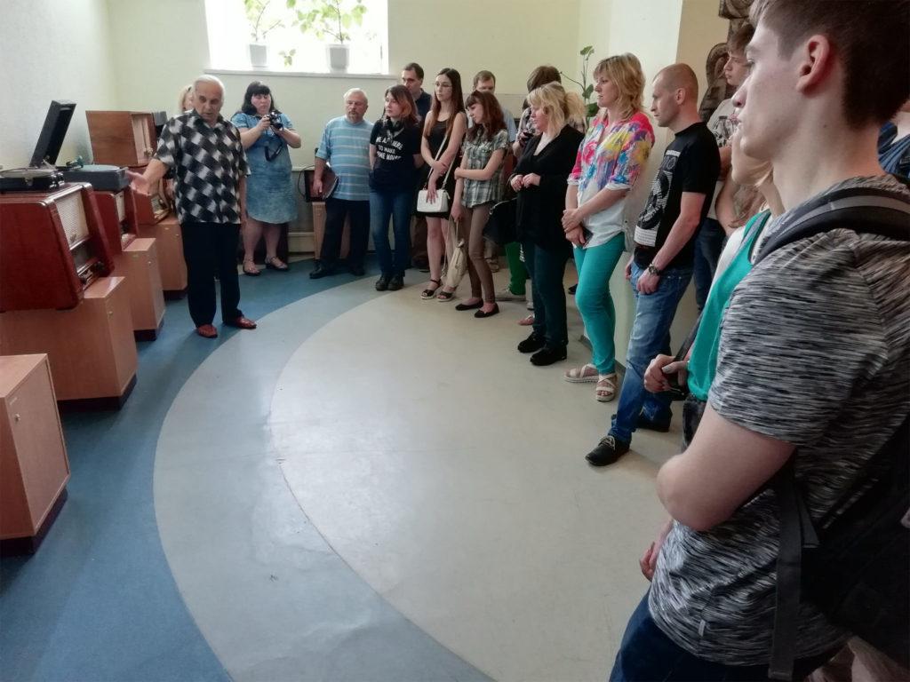 У музеї ХНУРЕ з безпосередньою участю кафедри КРіСТЗІ відкрита постійно діюча експозиція ретро радіоприймачів